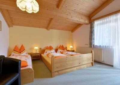 Ferienwohnungen-Bichler-Roswitha-Scheffau-Bruggenmoos-33-Appartement-1-Schlafzimmer1